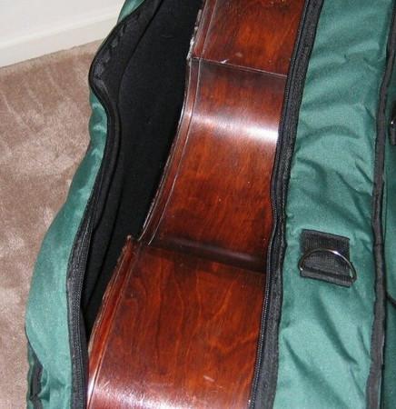 Gollihur Upright Bass Bag, padded, zipper opened to reveal bass