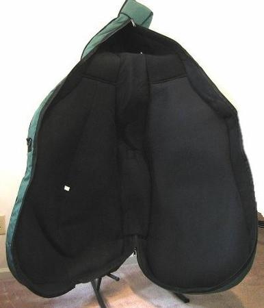 Gollihur Upright Bass Bag, padded, interior padding detail