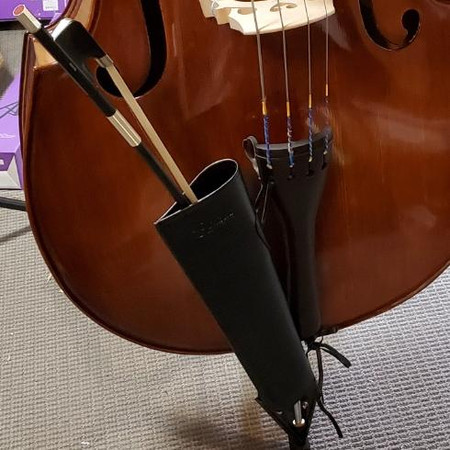 Gollihur Leather Bass Bow Quiver - On Bass