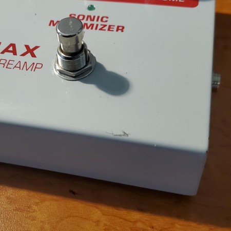 """Acousticmax Acoustic Instrument Preamplifier - minor """"ding"""" on front panel"""
