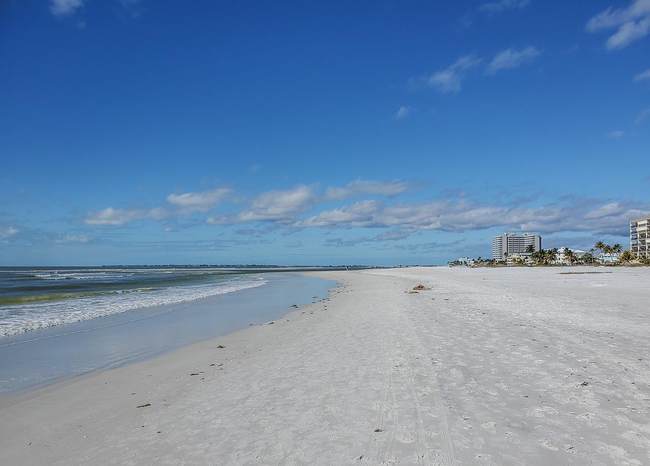 fort-myers-beach-5906637-1280.jpg