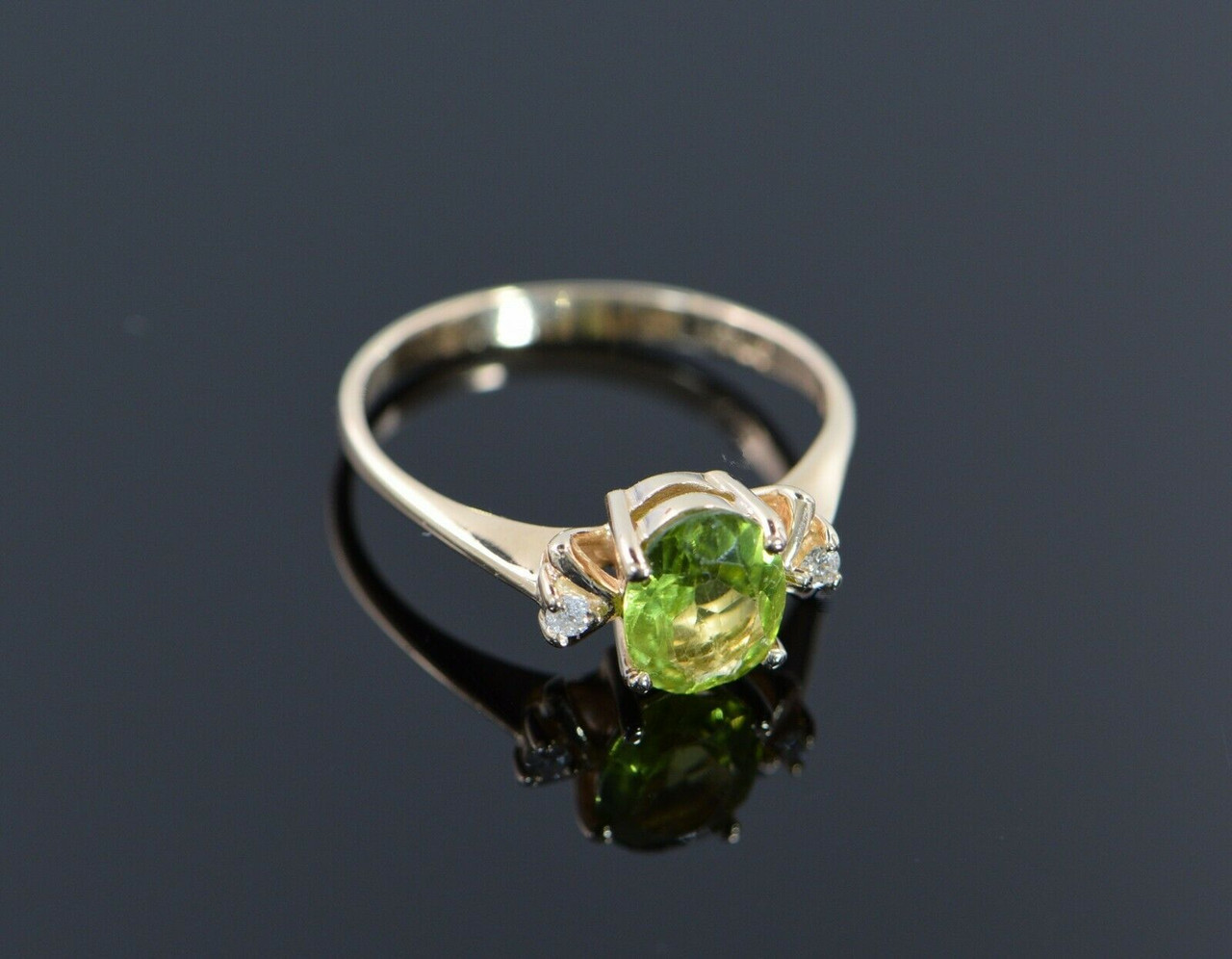 size 6.75 vintage sterling charoite and peridot ring