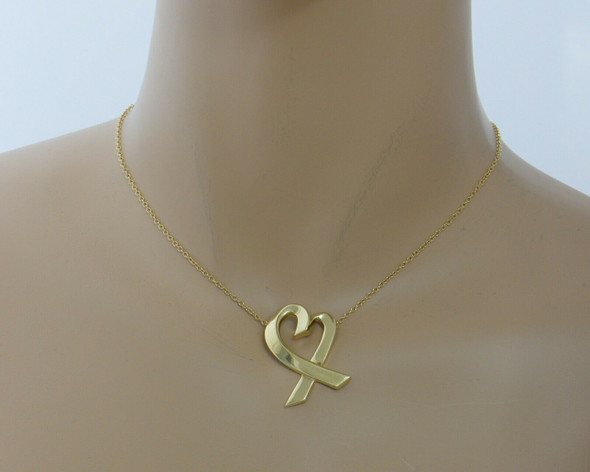 "18K Yellow Gold Tiffany Heart ribbon Pendant on 24"" Chain, Paloma Picasso"