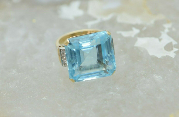 14K Yellow Gold Blue Topaz & White Sapphire Ring, Circa 1980, Size 6