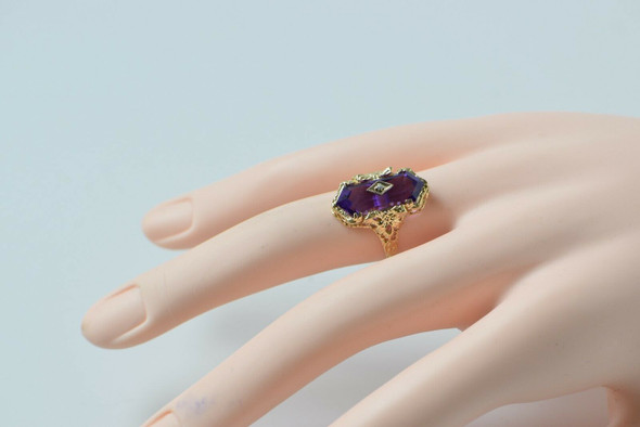 14K Yellow Gold Retro Victorian Amethyst Ring, Size 6