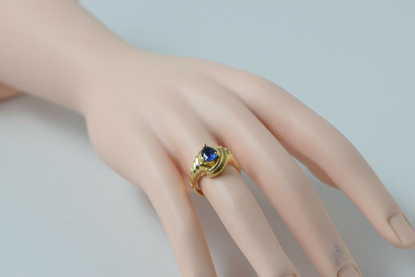 14K Yellow Gold Sapphire Ring, Pear Shaped 7mm Stone, Size 6