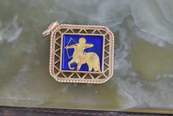 18K Yellow Gold Aries Enameled Pendant Circa 1970