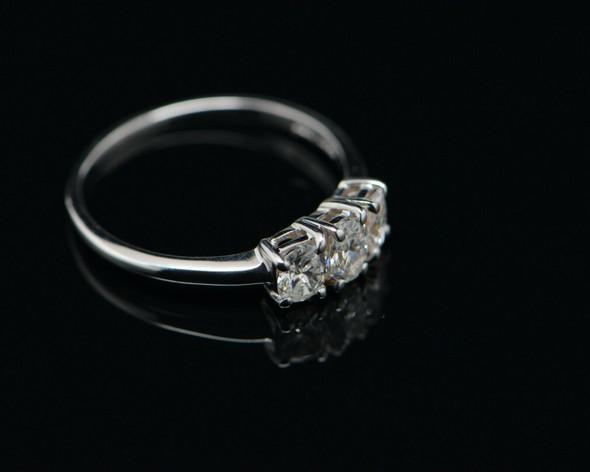14K WG Oval 3 Stone Diamond Ring, 1 ct. tw. F SI 2, Size 10