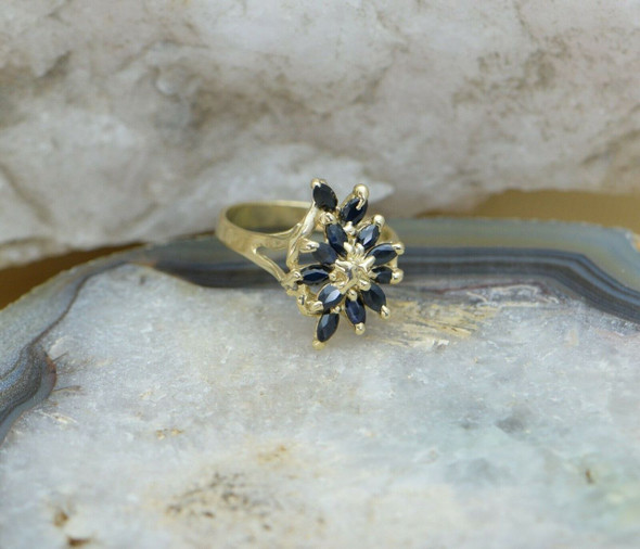 10K Yellow Gold Sapphire Ring Circa 1970, Size 7.75