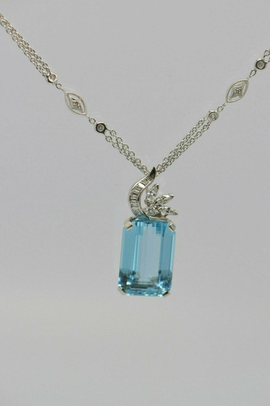 Tiffany Platinum Aquamarine Pendant & Diamond Necklace Platinum .950 Chain