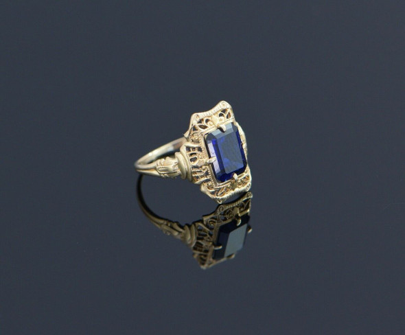 10K Yellow Gold Deco Blue Stone Filigree Ring, Size 4