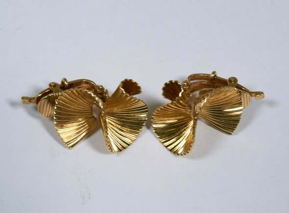 14K Yellow Gold Tiffany and Company Swirl Pattern Earrings Clip On Circa 1970