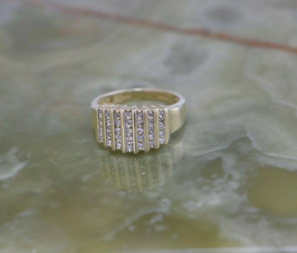 14K YG Diamond Ring, 35 Round Stones in 7 Rows, 1/2 ct tw, Size 7,Circa 1960
