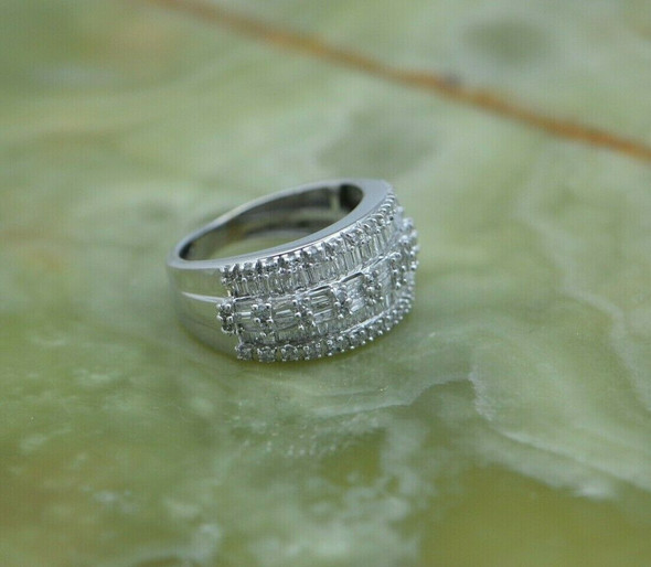 Diamond Pave Ring 14K WG Round & Baguettes 135 stones 2 ct tw Size 5