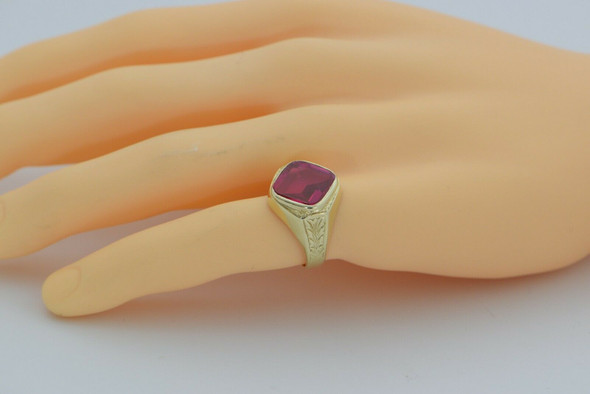 Vintage 14K Red Spinel Ring in Art Deco Setting Circa 1940 Size 7.5
