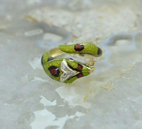 18K YG Enamel Snake Ring with Diamond and Ruby Size 6