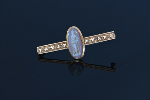 14K Yellow Gold Oval Cameo Victorian Bar Pin Shamrock Trefoil Design, Circa 1900