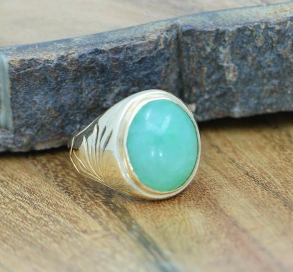 Men's Vintage Jade Ring 18K YG High Dome Circa 1950 Size 7.5