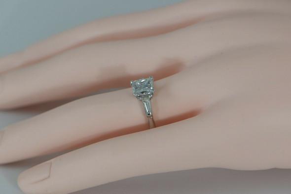 Radiant Diamond Engagement Ring set in Platinum Size 7