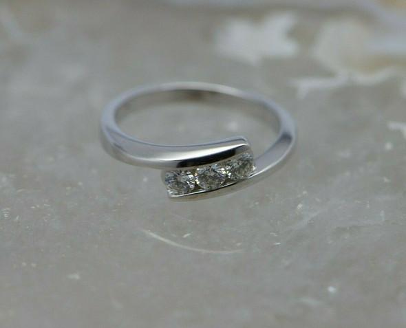 14K WG Diamond 3 Stone Ring 1/2ct tw Size 7 Circa 1990