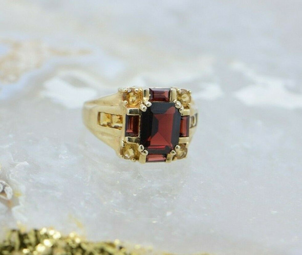 10K Yellow Gold Garnet and Citrine Ring Size 7 Circa 1980
