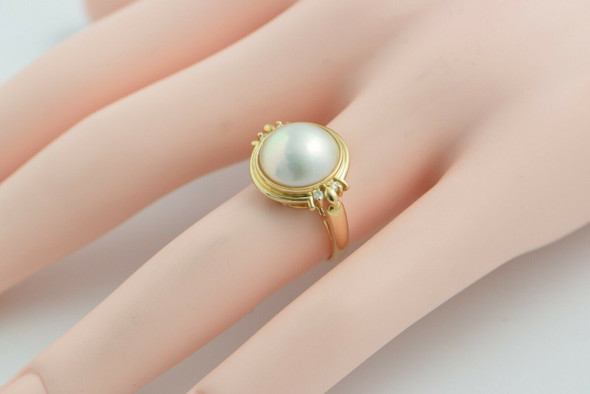 14K Yellow Gold Mabe Pearl Ring with 4 Diamond Accents Size 6.25,Circa 1980