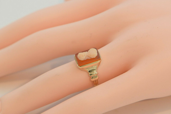 Antique 10K Yellow Gold Cameo Ring Size 6.5 Circa 1900