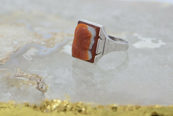 Vintage 14K White Gold Double Roman Soldier Sardonyx Cameo Ring Size 14 Circa 19
