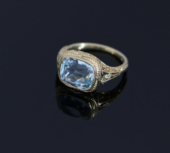 18K Yellow Gold Aquamarine Filigree Ring Circa 1920, Size 5.75