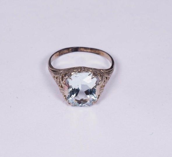 14K White Gold Filigree Aquamarine Ring, size 5.5