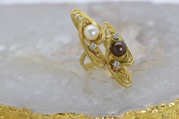 18K Yellow Gold Modernist Design Pearl & Diamond Ring ,size 6.5