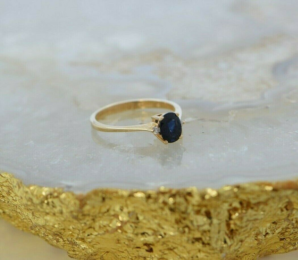 14K YG Fine Sapphire and Diamond Ring Size 6.5 Circa 1980