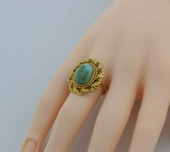 14K Yellow Gold Turquoise Ring Size 6.5