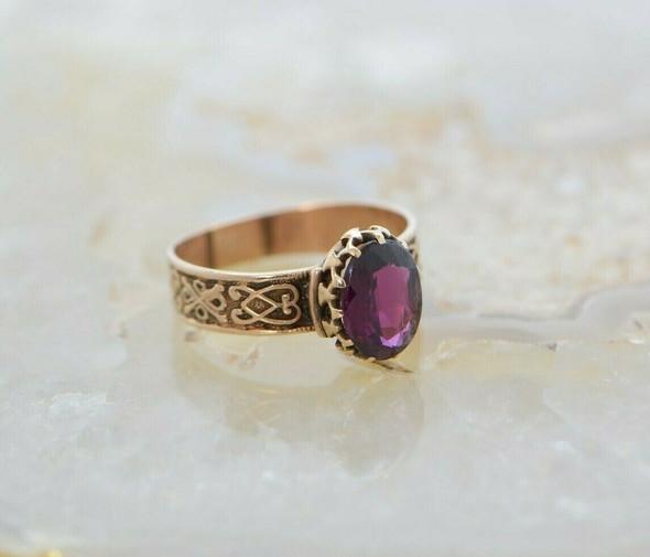 Antique 14K YG Victorian Amethyst or Dark Tourmaline Ring Size 7.75 Circa 1880