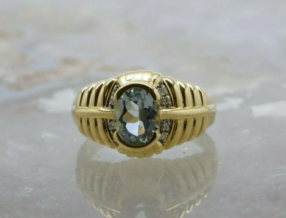 18K Yellow Gold Aquamarine and Diamond Ring Size 8.75 Circa 1990