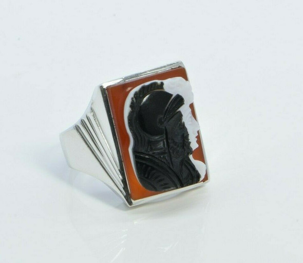10K Hand Wrought White Gold Carved Agate Black Ring Size 10.75 Circa 1950