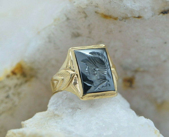 10K Yellow Gold Fine Quality Hematite Roman Soldier Ring Size 10 Circa 1950