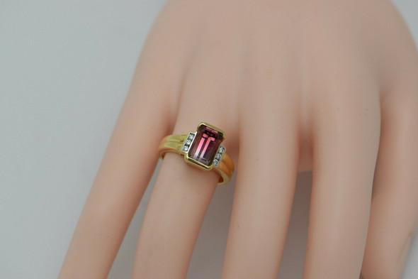 18K Yellow Gold Bi-Color Tourmaline and Diamond Accent Ring Circa 1950 Size 7.5