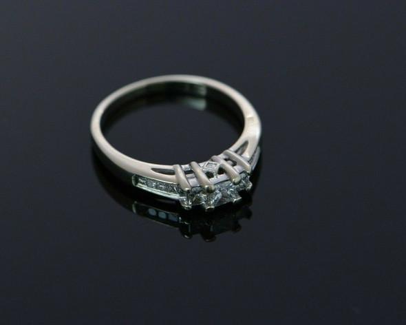 14K WG Kay Jewelers Engagement Ring 11 Princess Cut Stones Size 7.5 Circa 1990