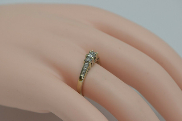 14K WG Kay Jewelers Engagement Ring 11 Princess Cut Stones Size 7.5 Circa 1990