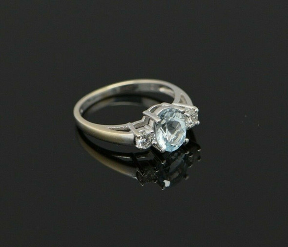14K White Gold Aquamarine with Diamond Accents Ring Size 7
