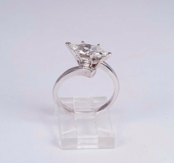14K White Gold 1.24 ct. Marquise Cut Diamond Ring size 6.5