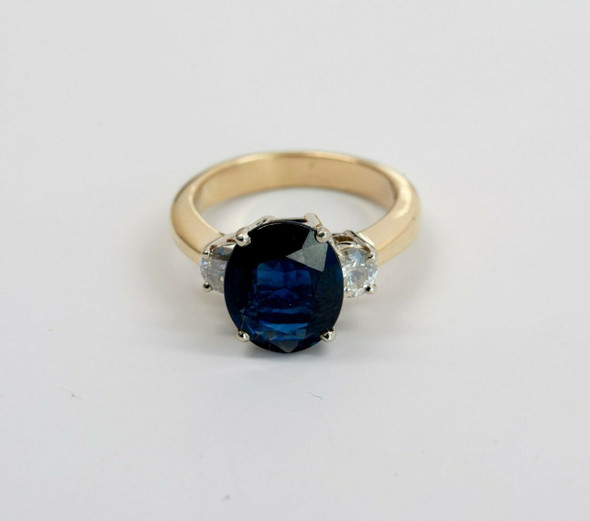 14K Yellow Gold Large Oval Sapphire & Diamond Ring circa 1990, Size 6.25