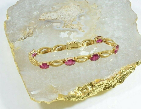 18K Yellow Gold Pink Tourmaline Bracelet 20 ct tw est