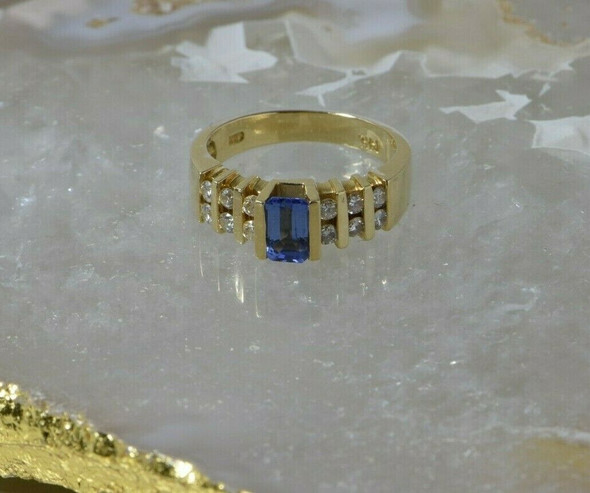 14K Yellow Gold Tanzanite and Diamond Ring 1ct+ tw Size 6 Circa 1990