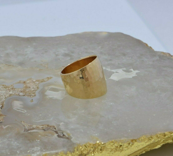 14K Yellow Gold Wide Hammered Band Size 7.25 Circa 1980