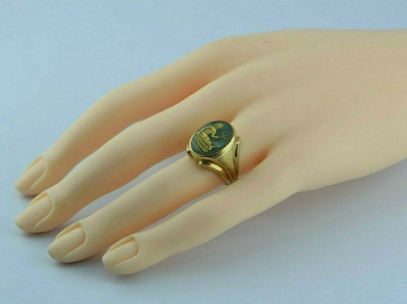 Vintage 14K Yellow Gold Mermaid Intalio Ring Size 6 Circa 1950