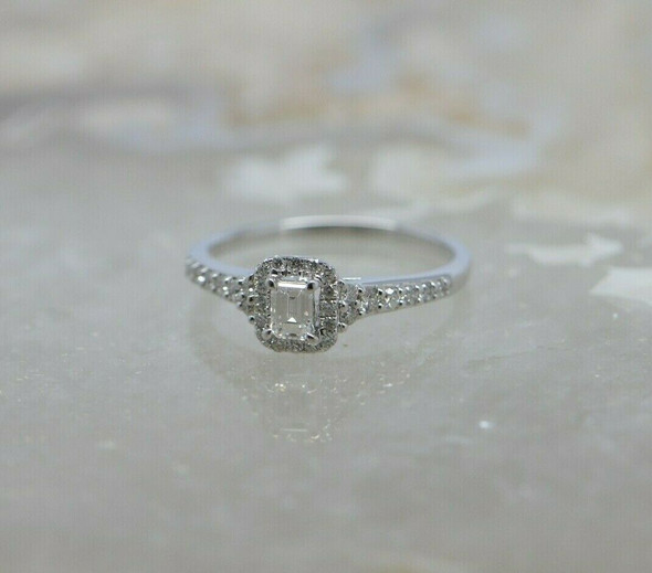 14K White Gold Diamond Engagement Ring Emerald Cut Size 7
