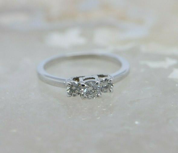 14K White Gold Diamond 3 Stone Ring .60 ct tw Size 6.75