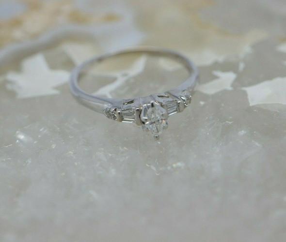 14K WG Marquise Center 1/2ct tw. Diamond Engagement Ring Size 6 Circa 1960